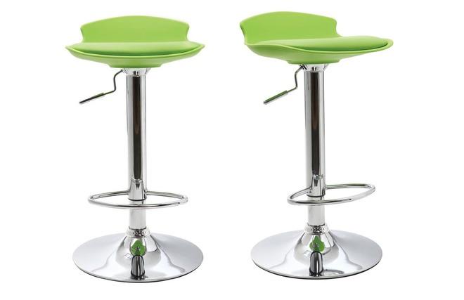 Gruppo di 2 sgabelli da bar design verdi nova miliboo