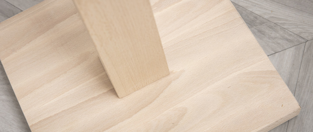 Piantana écru con piede in legno NIDRA