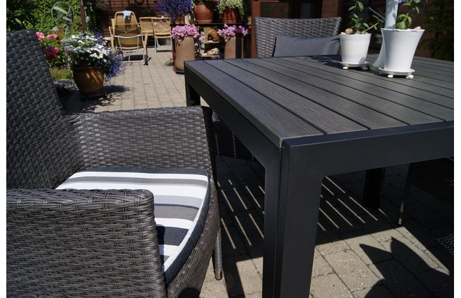 Sedie da giardino design rattan sintetico grigio scuro for Mobili da giardino rattan sintetico