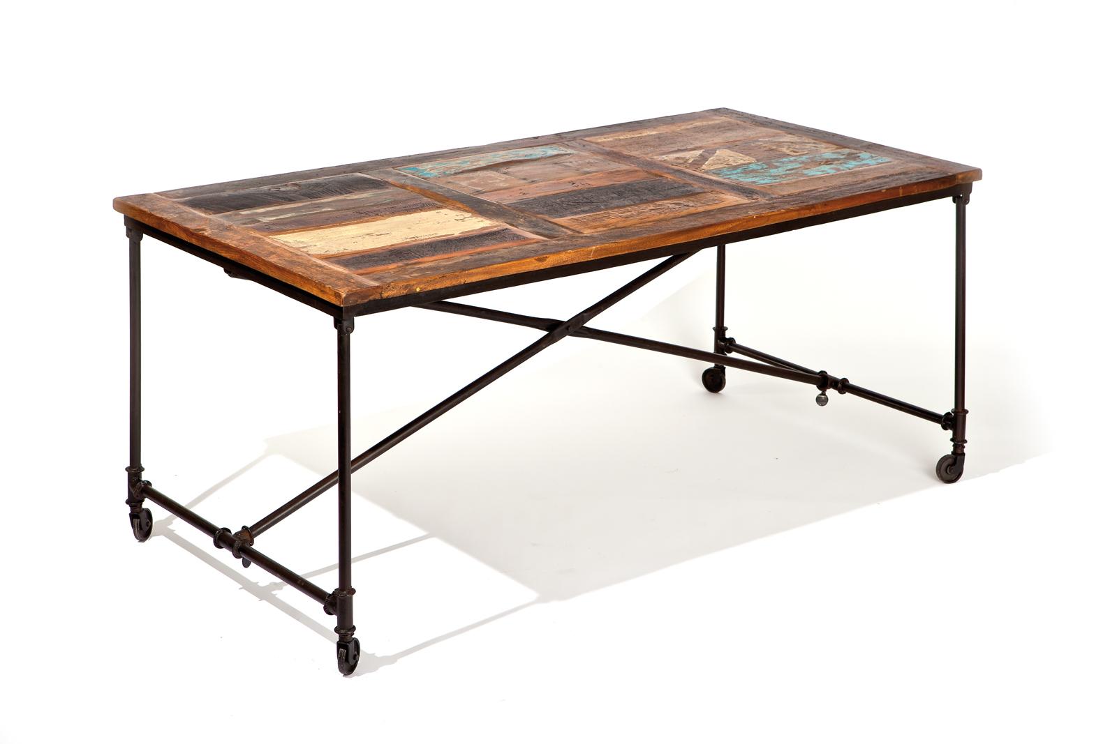Tavolo da pranzo in legno riciclato madridroll miliboo - Tavolo legno riciclato ...
